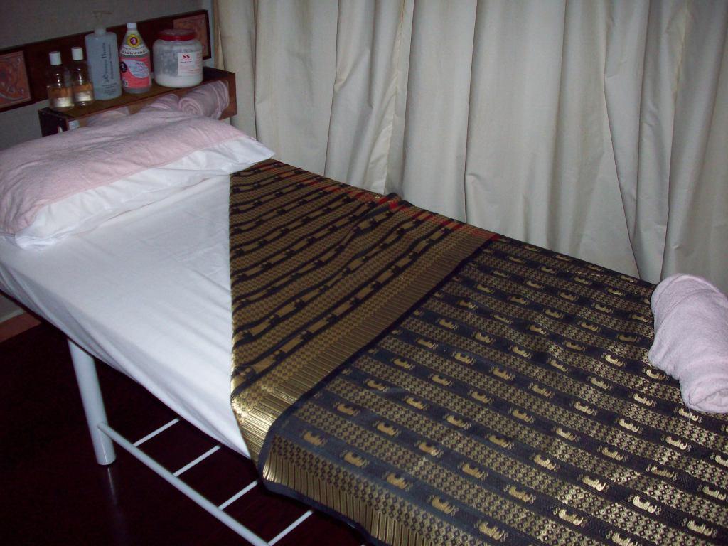 KINAREE THAI MASSAGE, AROMATHERAPY AND REFLEXOLOGY CENTRE