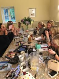 Hen party group makeup lesson