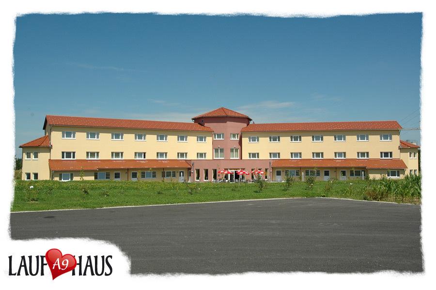 Laufhaus A9 Ried im Traunkreis, Ried Im Traunkreis