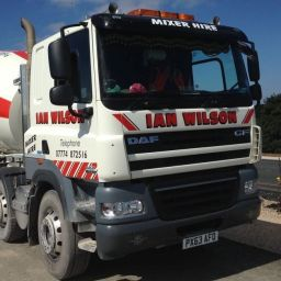Ian Wilson Haulage Contractor. Flatbed with HIAB