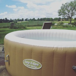 Palm Springs Hot Tub from Swindon Hot Tub Hire