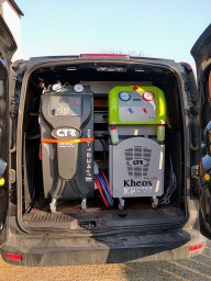 Fully mobile air conditioning service