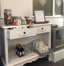 We offer complementary Prosecco, Fizz, Wine, Hot drinks and much more