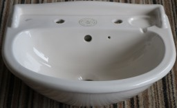 Ideal Standard Revue basin in Old English White