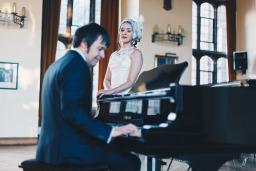 Vanessa & Dave's Winter Wedding