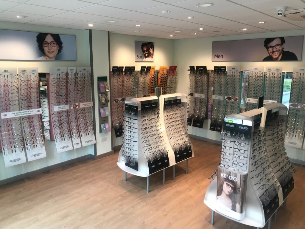 specsavers opticians london queensway   bishops bridge road london  bb