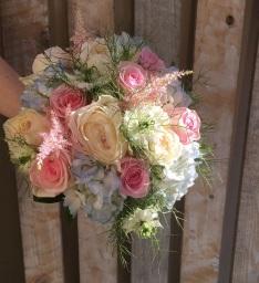Wedding Flowers by Flower Design, Ripon. North Yor