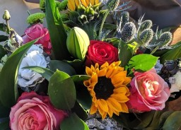 NEXT DAY SEASONAL FLOWERS