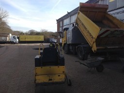 Laying Tar and Chip Driveway in Essex, UK