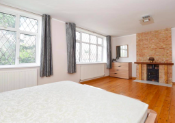 Painting and Decorating of home in Wimbledon