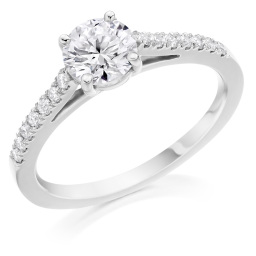 GIA certificated Engagement rings in Hatton Garden