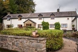 Moorehouse Farm Oswestry Shropshire Bed & Breakfast