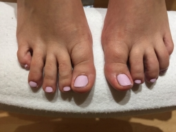 Pink Gel toe Nails