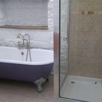 Decorating bathroom