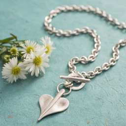 Danon Jewellery Leaf Heart
