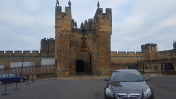 Alnwick Wizard Taxis, Alnwick castle