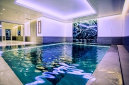 Subterranean pool with movable Hydrofloor in Central London