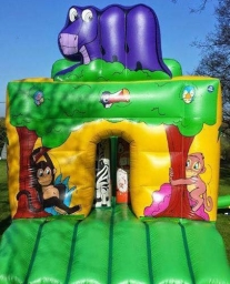 Lovely Jungle assault course with bish and bash inside
