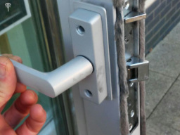 London locksmith, 020 7993 8466