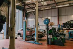 Wide shot of garage workshop facility, Reedley Service Centre