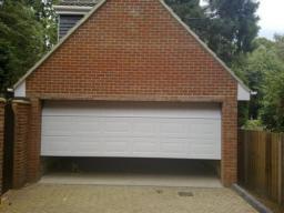 Teckentrup Sectional Georgian Garage Door white