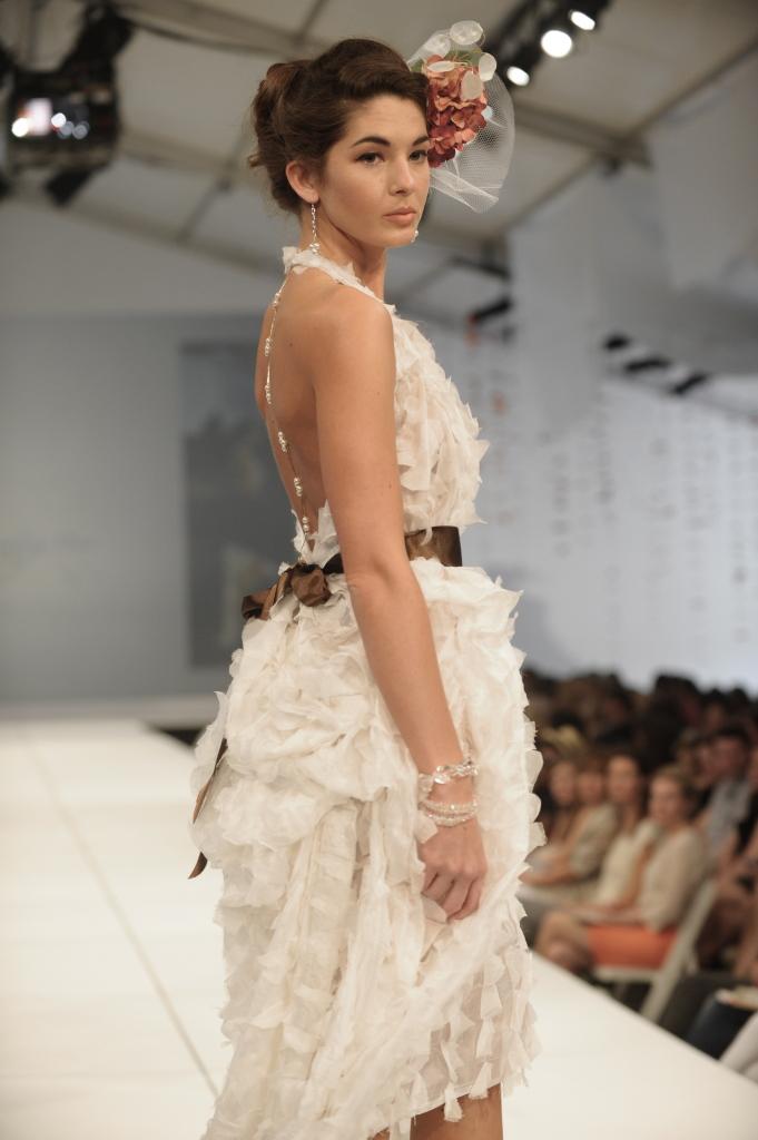 Alena Fede Custom Wedding Dress Bridesmaids Alterations 58 Broad St Charleston Sc Sc 29401