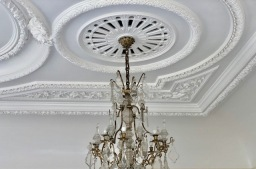 Cornice ceiling painting