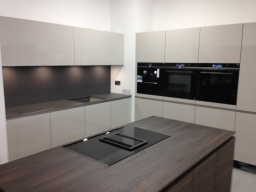 Nolte kitchen with Siemens Studioline appliances