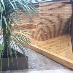Solid Oak Decking Area & Travatine Patio