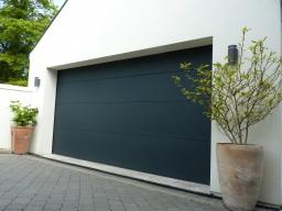 Anthracite RAL7016 garage door by TiltAdor