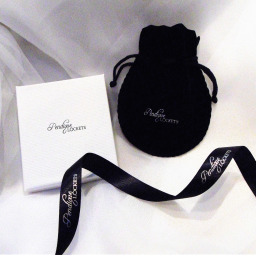 Pendique Lockets Branded Gift Box and Bag