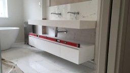 Master En Suite double wall hung basin