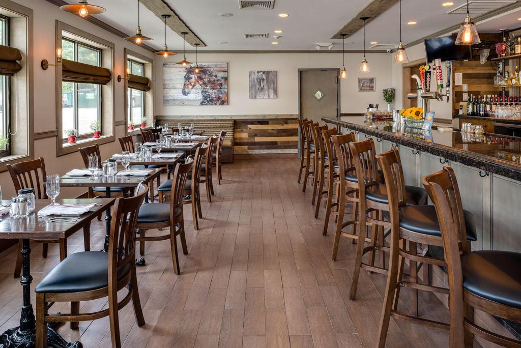 Barn Door Restaurant 37 Ethan Allen Hwy Ridgefield Ct 06877
