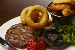 Bertha Grill Steak & Chips