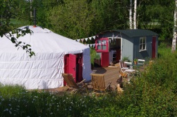 Luxury yurt Herefordshire
