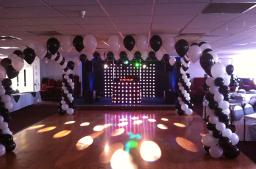 Dance floor balloon canapy