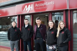 MJH Accountants - The Team