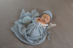 Newborn Photographer in Rugby - Emma Lowe