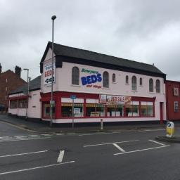 Fenton store