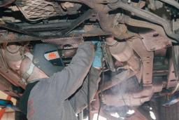 Diesel vehicle repair at Reedley Service Centre