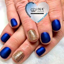 Blue jazz and velvet matte top coat nails