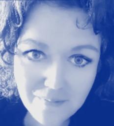Carla Forte @www.lighthealstarot.com