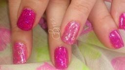 Gelish & glitter