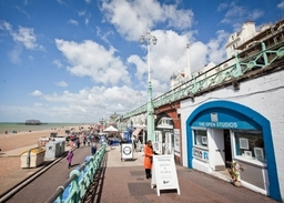 Sunny day at The Open Studion, Brighton seafront