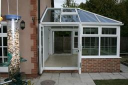 Back to the Rankins conservatory showing the through shot of two sets of doors, great on a really hot day