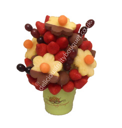 Daisy Berries Dipped