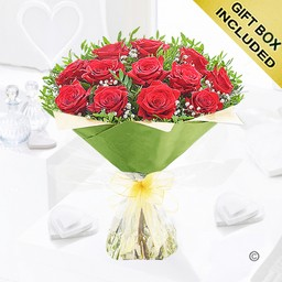 12 Red Rose Green Paper Handtied Frame 11 2021